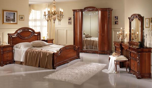 νεοκλασσικό κρεβάτι με τουαλέτα
