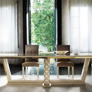 τραπέζι μεγάλο τρία μέτρα