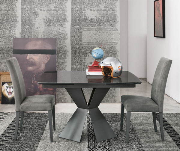 τραπέζι μικρό με προεκτάσεις ιδανικό για μικρούς χώρους