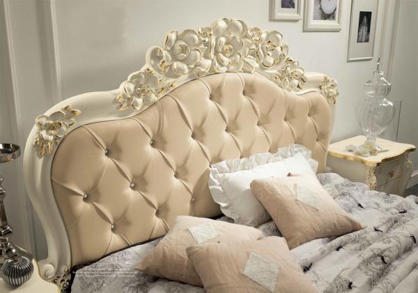 κρεβάτι με καπιτονέ νεοκλασικό ρομαντικό
