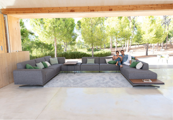 μεγάλος πολυμορφικός καναπές