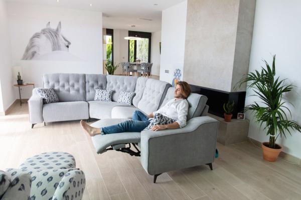 καναπές γωνία με καπιτονέ και relax