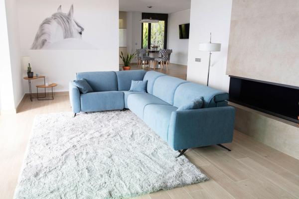 κομψός καναπές με μηχανισμούς